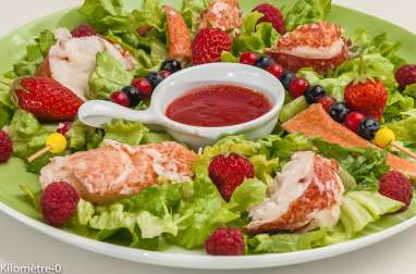 Salade de homard aux fruits rouges
