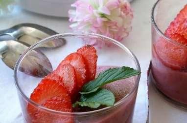 Panna cotta fruits rouges, bio