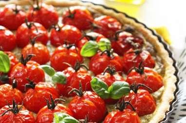 Tarte aux tomates, pesto et carré frais