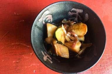 Pommes de terre nouvelles et courgette à la japonaise