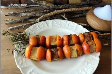 Brochettes de Tofu fumé et d'abricots au romarin au paprika fumé