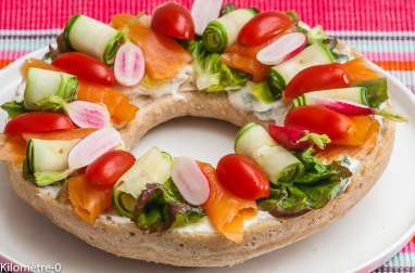 Couronne de pain aux légumes d'été