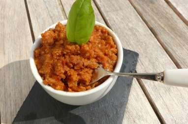 Pesto rosso aux tomates séchées et aux amandes