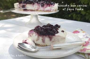 Cheesecake sans cuisson aux cerises, chocolat blanc et fève tonka