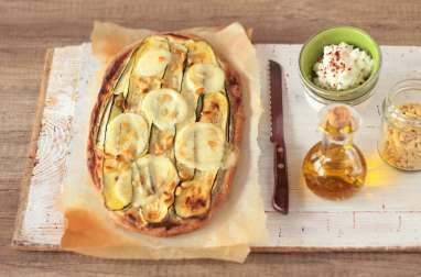 Pizza blanche aux courgettes et Scamorza