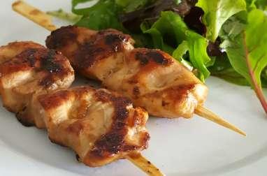 Brochettes de poulet mariné soja-gingembre