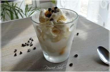 Glace vanille au fromage blanc et pépites de chocolat