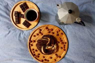 Tresse au chocolat noir et amandes