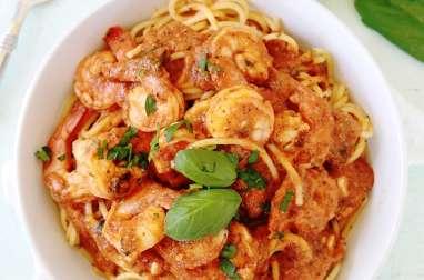 Spaghetti aux crevettes sauce tomate - Cuisine Culinaire