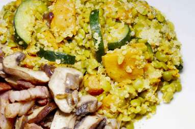 Courges, champignons, quinoa et pois cassés