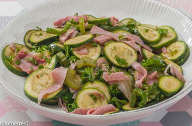 Salade de courgettes, jambon et céleri