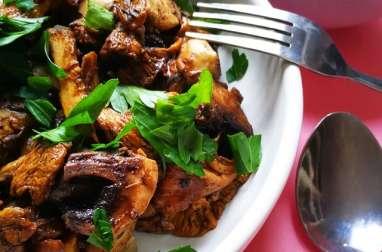 Girolles et champignons de Paris sautés à la cannelle