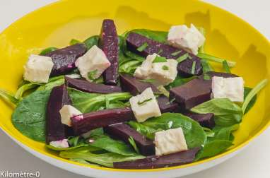 Salade de mâche, betterave et feta