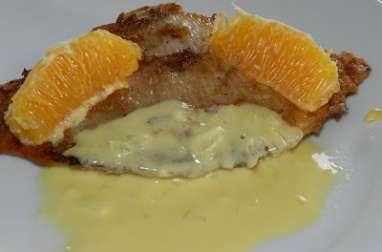 Ailes de raie nappée d'une sauce à l'orange légèrement citronnée