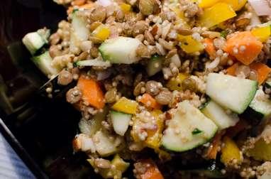 Salade de lentilles, au quinoa et aux amandes