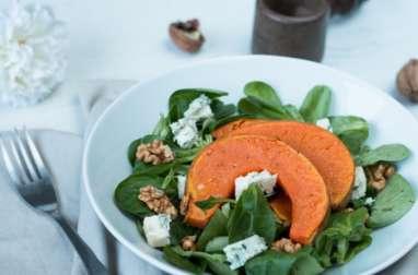 Salade mâche, courge et noix