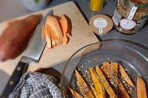 Frites de patates douces épicées au four
