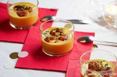 Crème de potiron et crevettes épicées en verrine