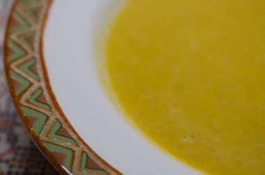 Velouté de lentilles corail au curry