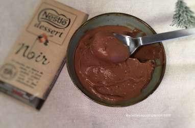 Crème pâtissière au chocolat croquante