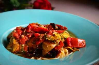 Spaghetti aux légumes antipasti