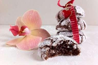 Les biscuits craquelés aux noisettes et cacao