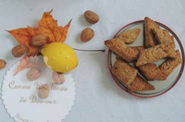 Canistrelli, biscuits croquants aux noix, citron et orange