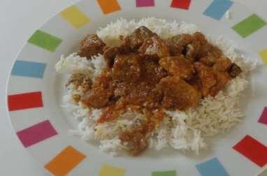 Rouelle de porc au massalé kaloupilé (feuilles de curry) et riz blanc
