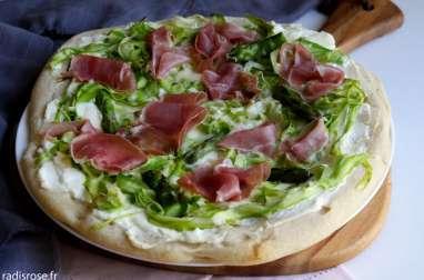 Pizza asperges parmesan et jambon de Parme