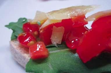 Bruschetta roquette, tomates cerises, parmesan