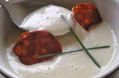 Crème d'artichauts et chips de chorizo
