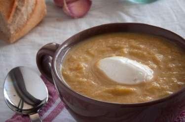 soupe aux poireaux, carottes et fromage frais