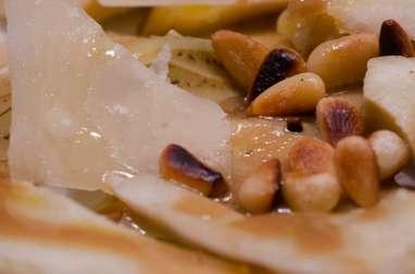 Coeurs d'artichaut, parmesan et pignons de pin