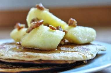Pancakes aux pommes et sirop d'érable