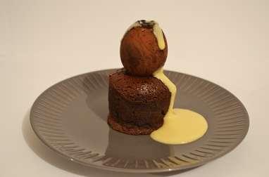 Moelleux au chocolat et son oeuf de crème anglaise