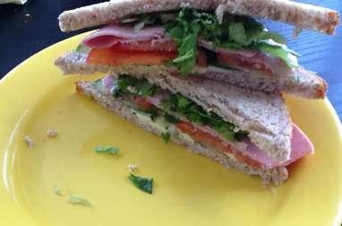 "Club sandwich ""maison"""