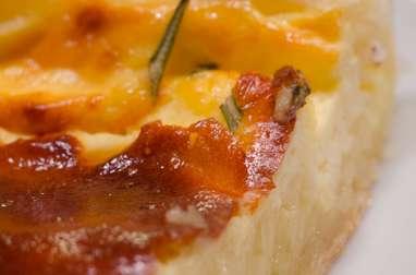 Tarte au camembert et au romarin