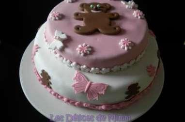 Gâteau aux oursons et aux papillons
