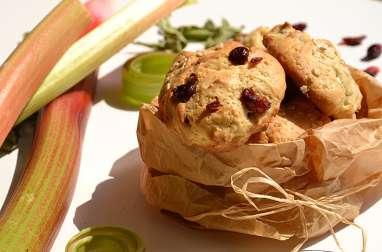 Biscuits à la rhubarbe, aux cranberries et à la verveine