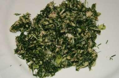 Salade de fanes de fenouil au thon, aillet et échalote
