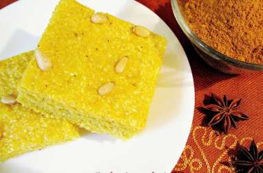Gâteau libanais au curcuma et à l'anis
