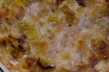 Clafoutis aux poireaux, aux noix et au roquefort