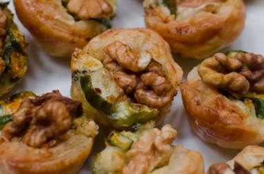 Tartelettes au concombre, au roquefort et à la noix