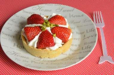 Tartelettes aux fraises frangipane de pistaches