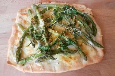 Pizza blanche aux asperges