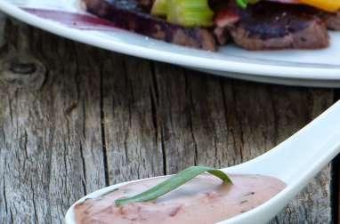 Rumsteack de bœuf et réduction de vin, pickles de légumes et sauce béarnaise