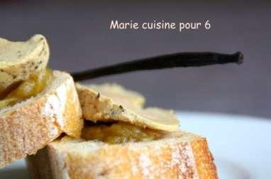 Foie gras à la vanille chutney de rhubarbe