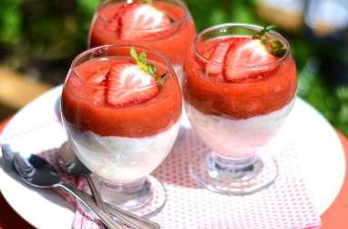 Compote fraise-rhubarbe et riz au lait vanillé