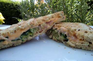 Croque-monsieur courgette, bacon, fromage