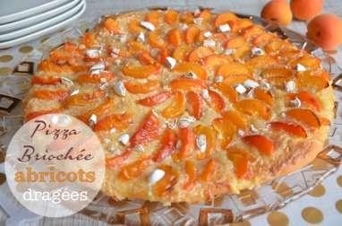 Pizza briochée abricots dragées de Christophe Michalak